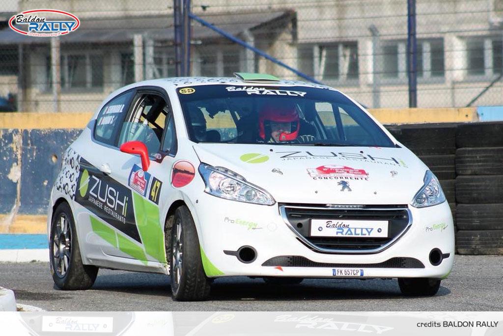 Noleggio Peugeot 208 R2: rally, salita, pista ed altri eventi